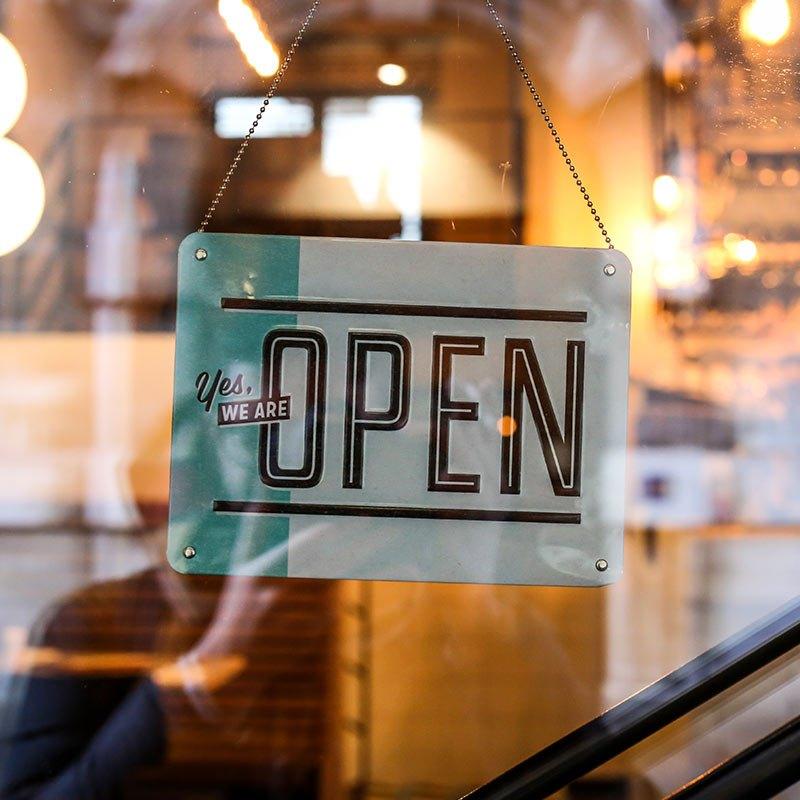 """Pancarte """"open"""" d'un magasin"""