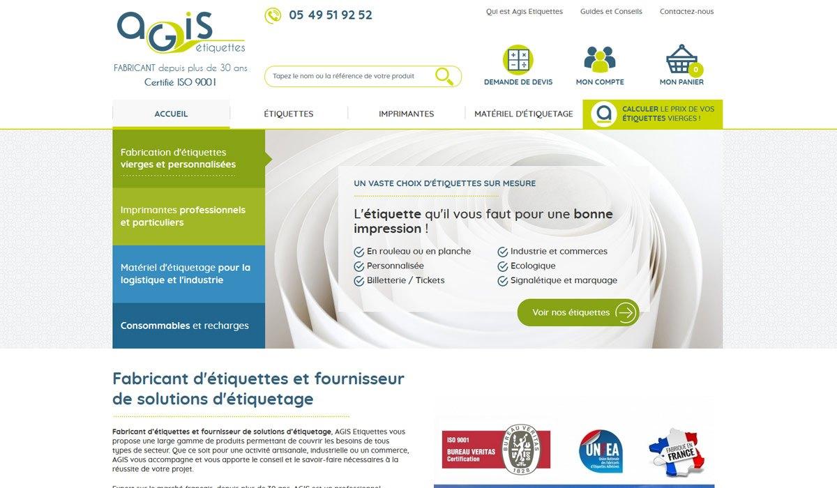 Courbes de visibilité du site Agis entre avril et août 2019 : l'une représente le http et l'autre le https