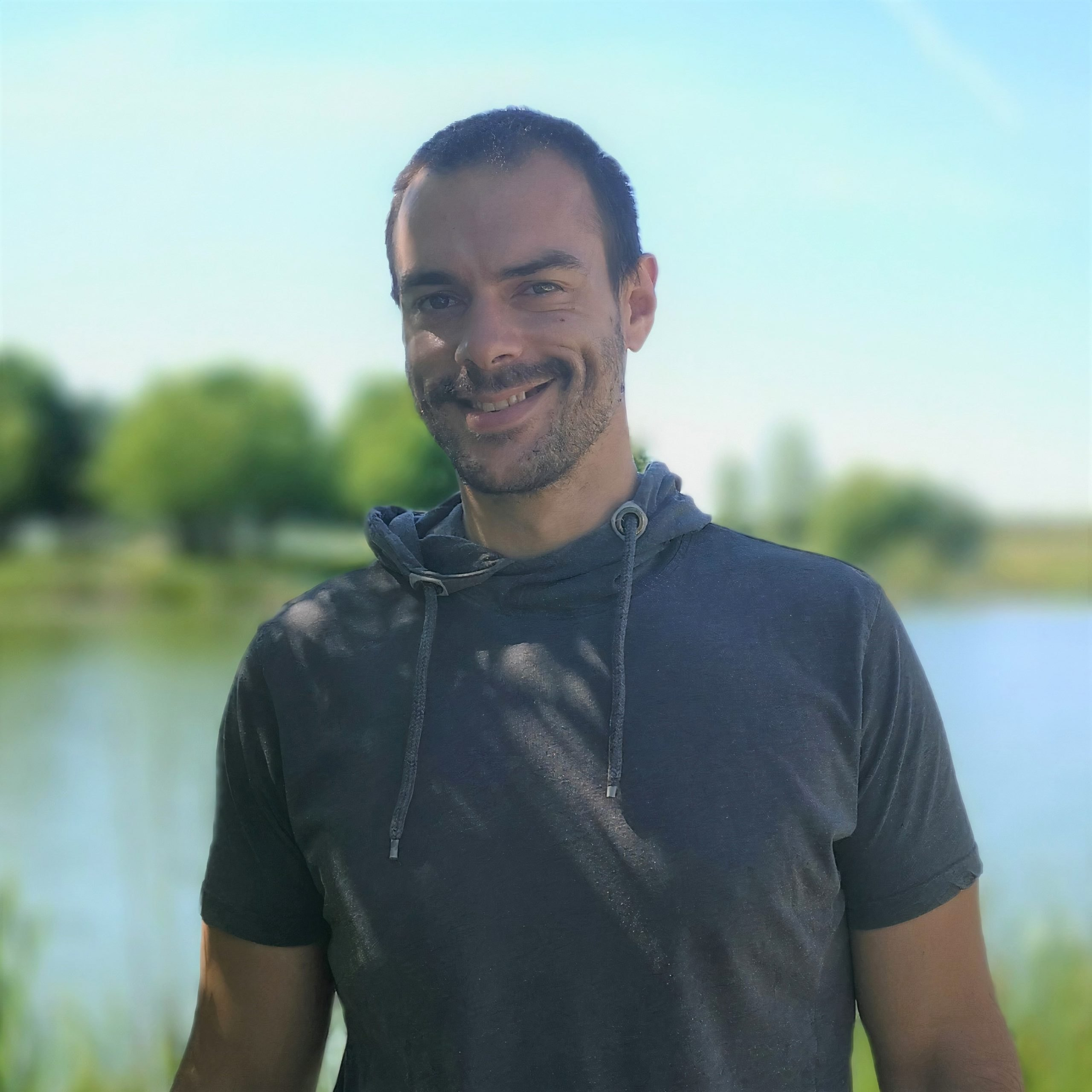 Photo de Valentin Charrier, Développeur-Concepteur à Graciet & Co